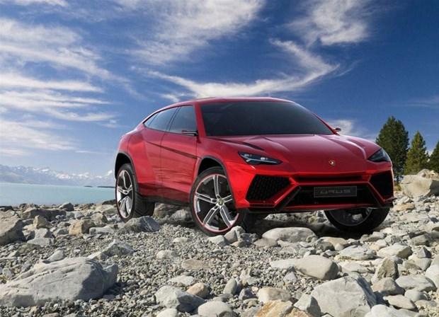 Ateşli SUV Lamborghini Urus