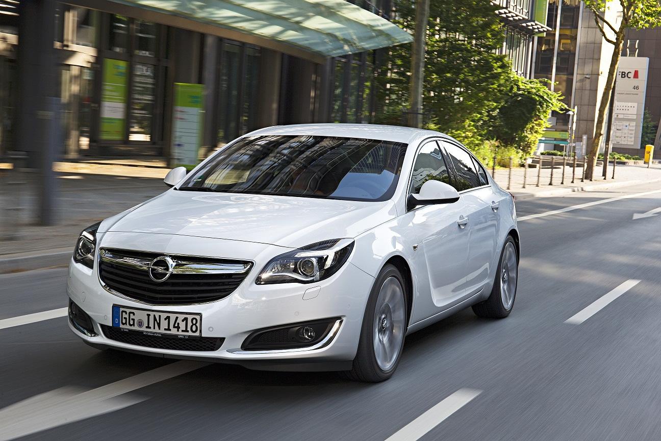 Opel Insignia 1.6 lt'lik dizel motora kavuştu