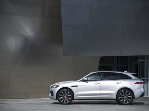 F-pace carviser5